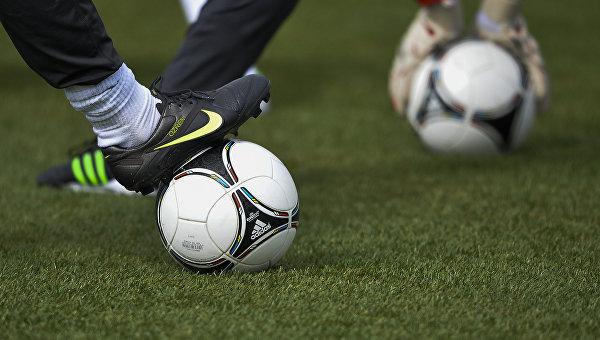 1-ый международный матч пофутболу прошел вКрыму после референдума