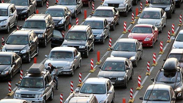 Автомобили на Керченской паромной переправе