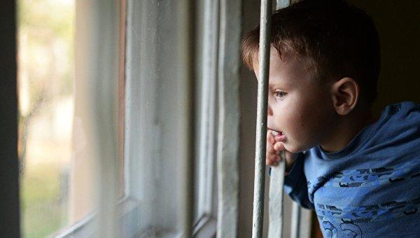 ВСевастополе изокна детсада выпал двухлетний ребенок