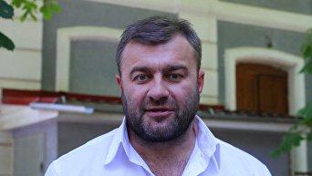 Актер Михаил Пореченков на съемках в Крыму