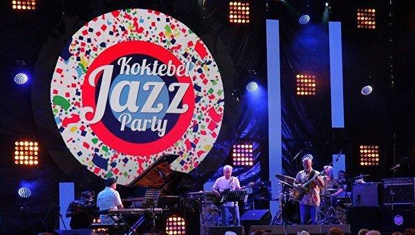 Второй вечер Koktebel Jazz Party. Концерт.  Джазовый гитарист Игорь Золотухин