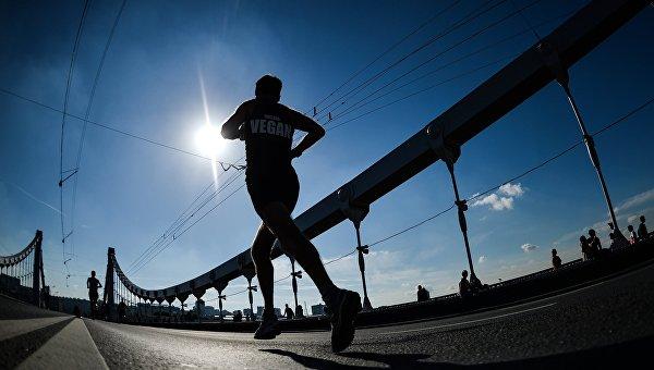 Свыше тысячи человек пробегут Ялтинский марафон втекущем году