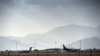 Российские туристы в аэропортах Египта