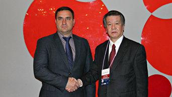 Глава города Ялта Андрей Ростенко и руководитель японской общественно-политической организации Иссуй-Кай Мицухиро Кимура
