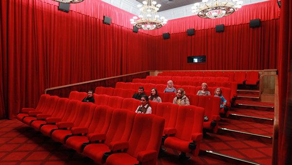 Кинозалам Крыма предлагают побороться за грант в 5 млн рублей