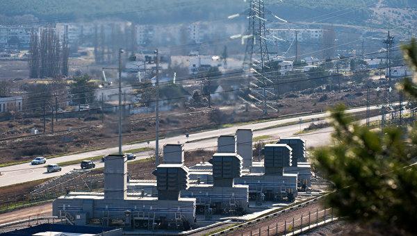 Четыре мобильные газотурбинные электростанции (МГТЭС) на площадке Севастопольская
