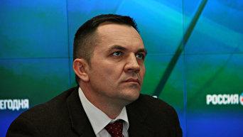 Секретарь партии Единство Александр Штайн