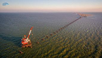 Строительство рабочего моста через Керченский пролив