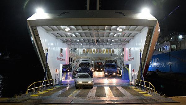 Керченская паромная переправа обновила рекорд пассажиропотока, перевезя 59 тыс. человек
