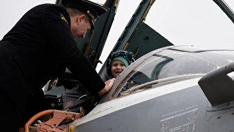 Летчики Черноморского флота встретили гостей в Новофедоровке