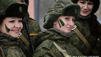 В России в преддверии Международного женского дня впервые прошел конкурс профессионального мастерства для женщин-военнослужащих.