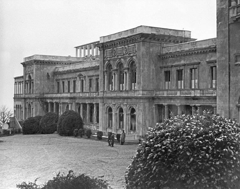 Крым в ч/б фото. Ливадийский дворец
