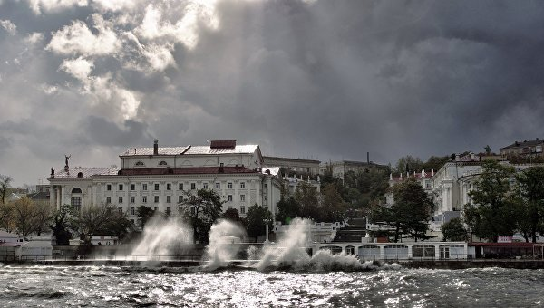 МЧС предупредило обураганном ветре вКрыму