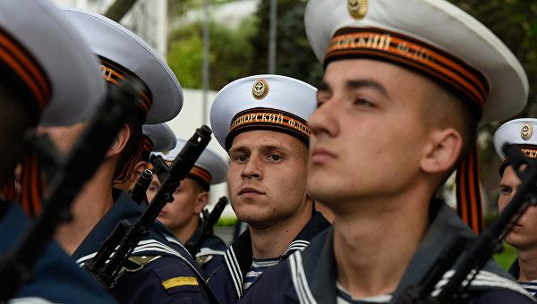 Репетиция военного парада в честь Дня Победы в Севастополе