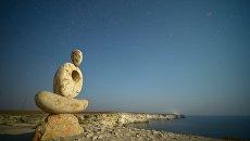 Скульптура Мыслитель на мысе Тарханкут