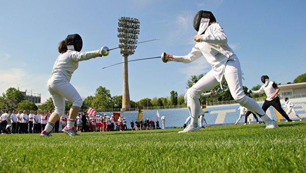 Чиновники Крыма поиграют вдартс инастольный теннис