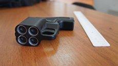 Из Украины в Крым пытались провезти травматическое оружие с патронами