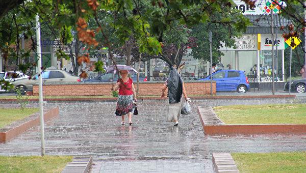 Летний ливень в Симферополе