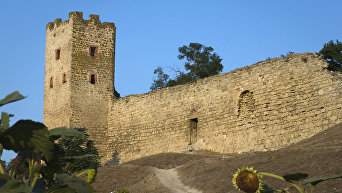 Крепость Кафа в Феодосии