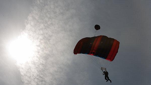 Москвичка вКрыму парашютом зацепилась заскалу Качи-Кальона