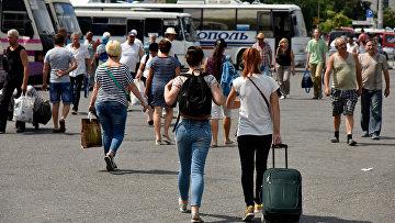 Автостанция Курортная на железнодорожном вокзале в Симферополе