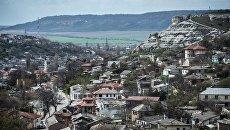 Вид на город Бахчисарай