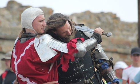 Рыцарский фестиваль Генуэзский шлем в Судаке. 2016 год