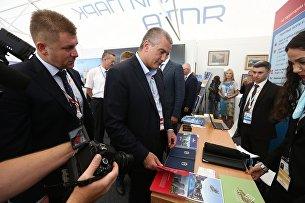 Глава Республики Крым Сергей Аксенов на Восточном экономическом форуме во Владивостоке