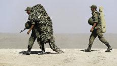 Российские военные во время военных учений на побережье Черного моря в Крыму