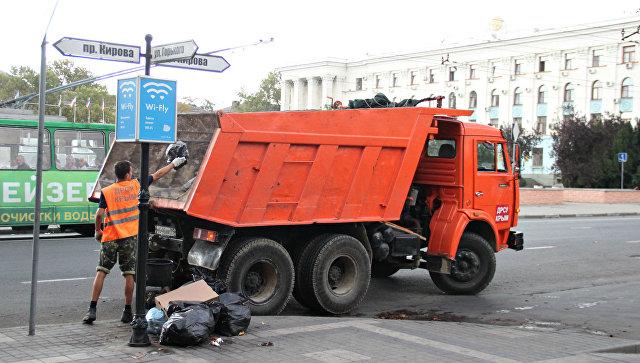 Уборка центральных улиц Симферополя