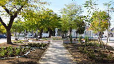 Озеленение скверов и парков в Евпатории