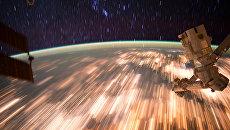 Фотография Земли с МКС, выполненная с помощью длинной выдержки. 3 октября 2016