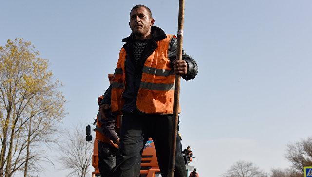 Подрядчик ремонта дороги вБелогорском районе, укладывавший асфальт вдождь, заплатит штраф