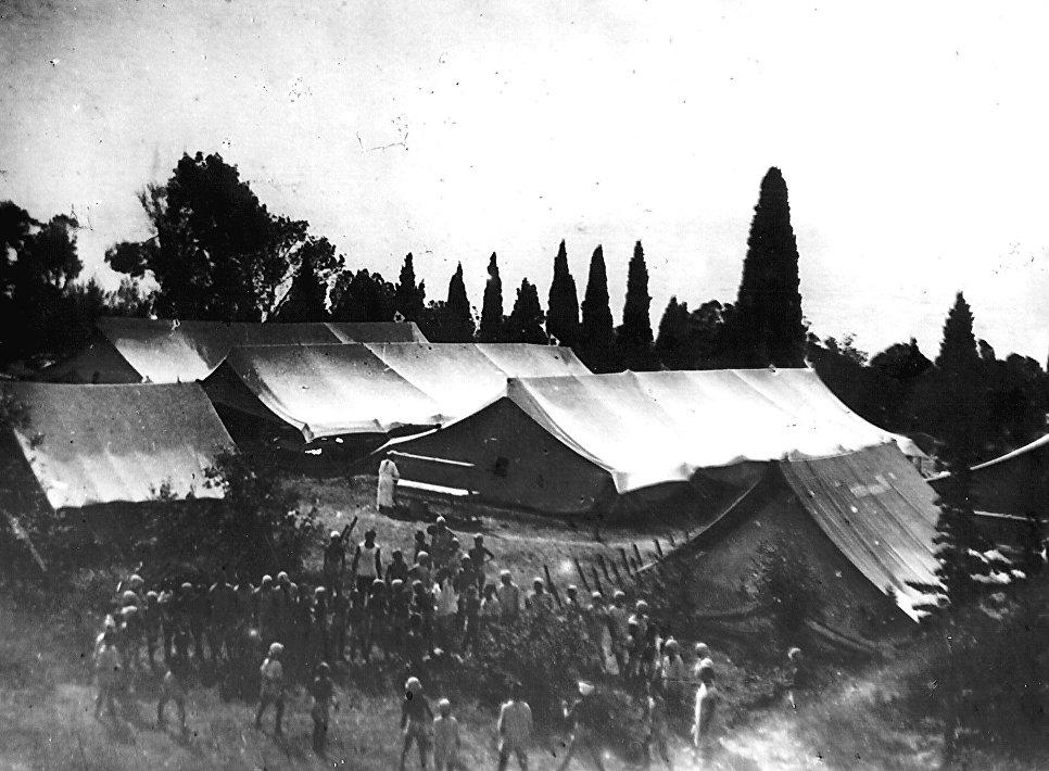 Первые палатки лагеря Артек. 1925 год