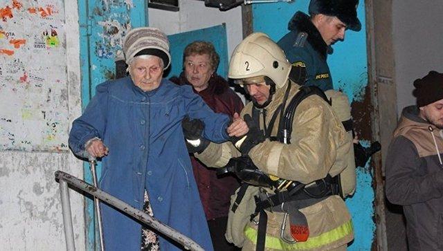 Спожара вСимферополе эвакуировано 68 человек