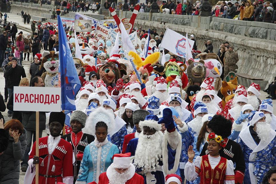 Ялтинский Мороз-парад: 600 участников из Крыма, Севастополя и Краснодара, фото-2