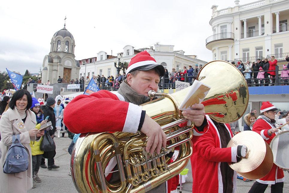Ялтинский Мороз-парад: 600 участников из Крыма, Севастополя и Краснодара, фото-4