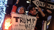 Акция протеста против Дональда Трампа в Нью-Йорке