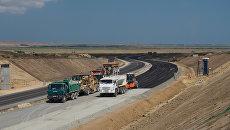 Строящийся участок дороги от трассы М-25 до Керченского пролива и будущей трассы Таврида