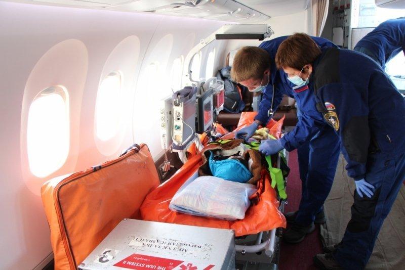 ВПетербург изСимферополя эвакуируют тяжелобольного малыша