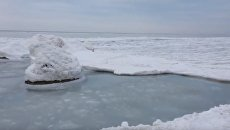 Замерзшее Азовское море