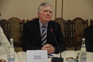 Британский военный историк Патрик Мерсер на встрече делегации ученых из Великобритании с представителями Совета министров Республики Крым