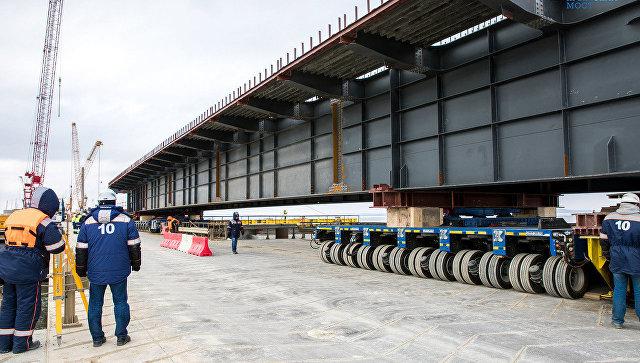 Строители моста через Керченский пролив приступили к очередному этапу сооружения пролетов в акватории
