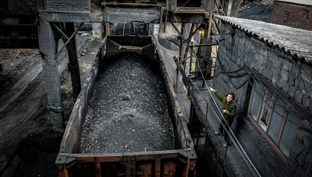 Отгрузка угля в вагоны