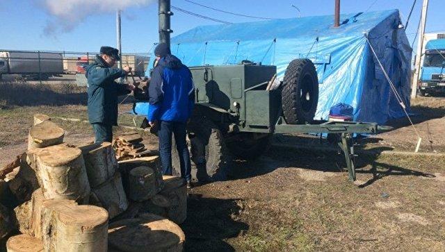 МЧС развернуло пункт обогрева иполевую кухню наКерченской паромной переправе
