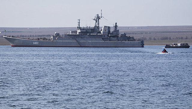 Корабль Константин Ольшанский в Донузлаве