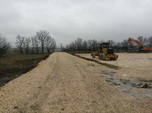На строительстве дороги Дубки - Левадки обустроены временные площадки и стройгородок