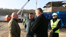 На месте строительства Севастопольского государственного асфальтобетонного завода