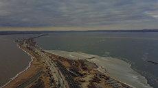 Строительные работы моста через Керченский пролив. Съемка с дрона