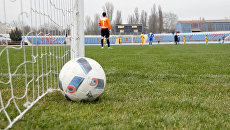 В Симферополе прошел первый матч турнира по футболу Крымская весна